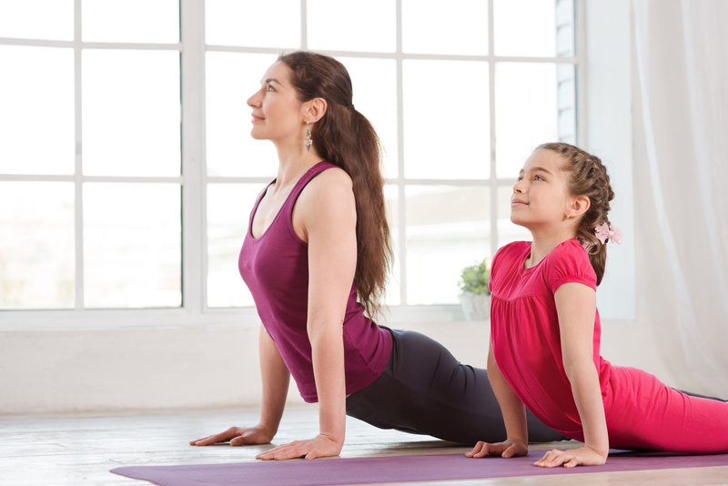 Atelier Yoga parents-enfants Bruxelles - Quefaire.be 2b122e0ff1f