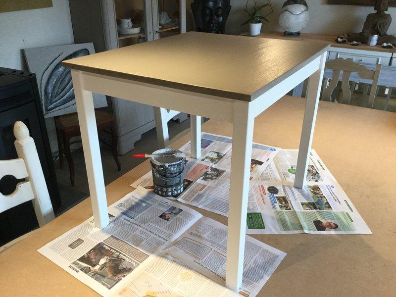 Atelier relooking meuble 39 peinture la craie et cire - Peinture a la craie pour meuble ...