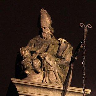 Nachtleven Pilarenbijters Wonderbaarlijke vertellingen over (schijn)heiligen  t stad