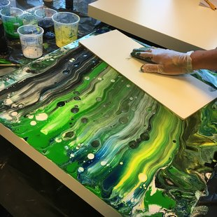 Workshops Acrylic pouring: workshop
