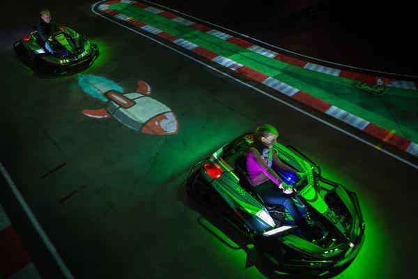 Loisirs BattleKart : karting à réalité augmentée, jeu vidéo grandeur nature