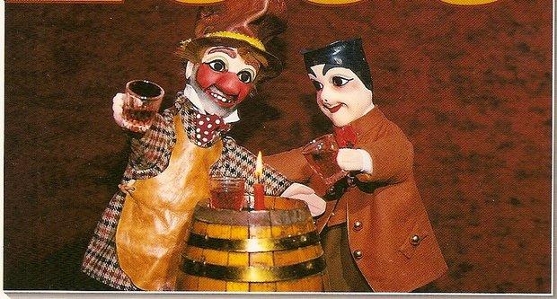 Spectacles La Compagnie Petit Théâtre d Aquitaine présente Guignol fait Cirque