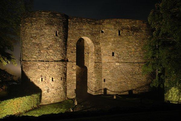 Expositions Visite tours féodales-vieille prison château Comtes Salm