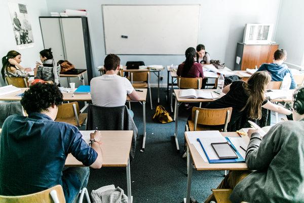 Stages,cours Stage soutien scolaire mathématiques, sciences, néerlandais, anglais,...