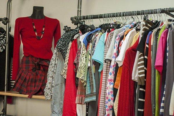 Loisirs Méga vide dressing (Printemps Le plus grand Vide Dressing la région