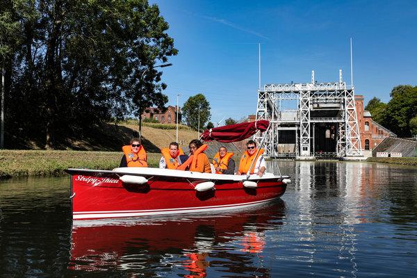 Loisirs Naviguez bateau électrique sans permis le Canal Centre