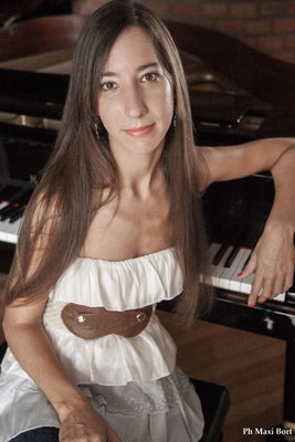 Concerten Homage A Astor Piazzolla- Julieta Iglesias Piano