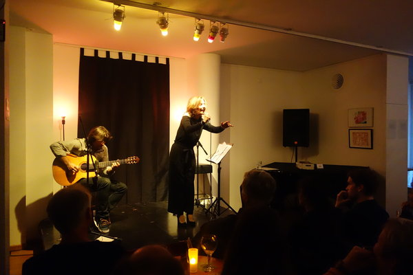 Concerts  Tango a midi  Laura Lahera- Voice & Dario Acosta Teich- Guitar