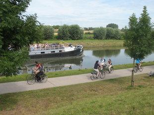 Ontspanning Varen het Hellend Vlak Ronquières - terug fiets