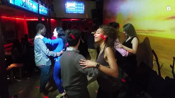 Stages,cours Summer Salsa & Bachata classes