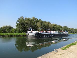 Ontspanning Vaar met milieuboot het Kanaal Dessel-Turnhout-Schoten geniet