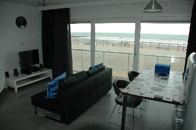 Recent gebouwd appartement te huur op de zeedijk