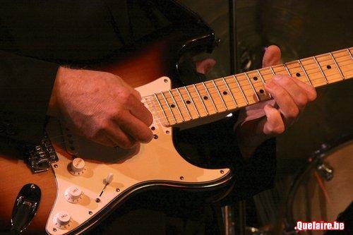 Cours de guitare de 9 à 99 ans