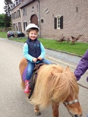 Pony Verhuur Begeleiding Kinderfeestjes Communies Lanaken