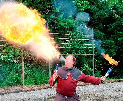 Cracheur de feu - Magie, jonglerie et avaleur de...