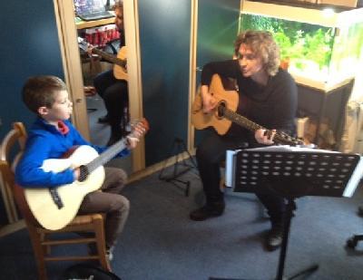 Cours de guitare sans solfège pour enfants