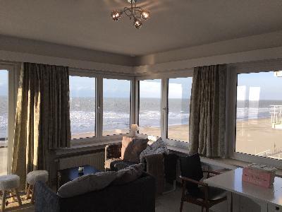 Zeer gezellig appartement met frontaal zeezicht