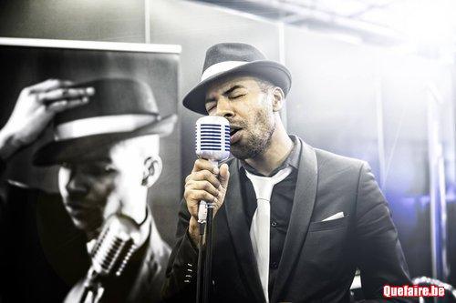 Chanteur propose des concerts acoustiques à votre...