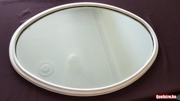 Magnifique miroir oval biseaute