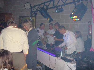 DJ MAT anime vos soirées de tous genres.sono de...